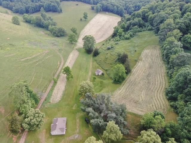 921 Old Wilderness Road, Saltville, VA 24370 (MLS #70083) :: Highlands Realty, Inc.