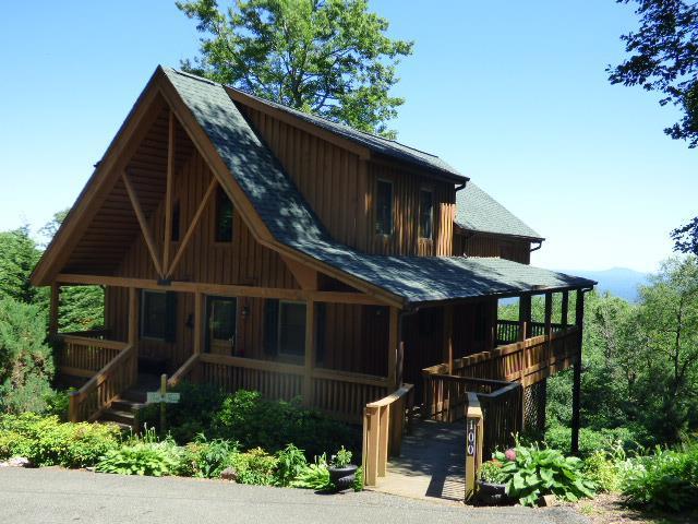 100 Windermere Lane, Fancy Gap, VA 24328 (MLS #70145) :: Highlands Realty, Inc.