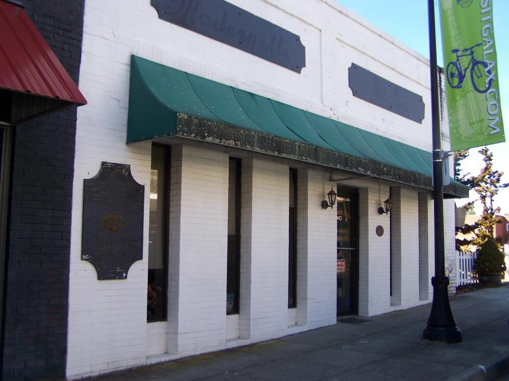 110 N. Main Street - Photo 1