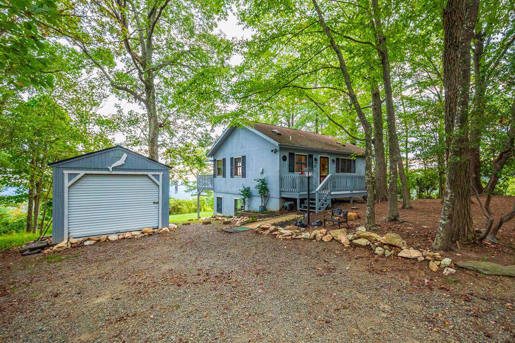 518 Rhododendron Rd - Photo 1