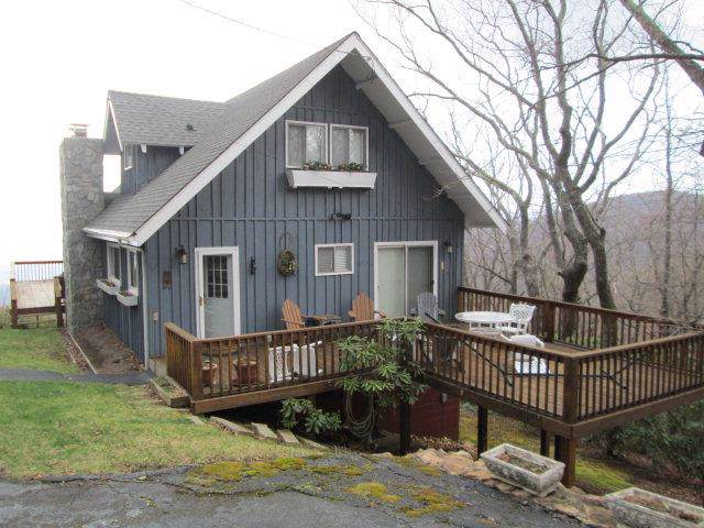 778 Groundhog Hills Rd, Hillsville, VA 24343 (MLS #72580) :: Highlands Realty, Inc.