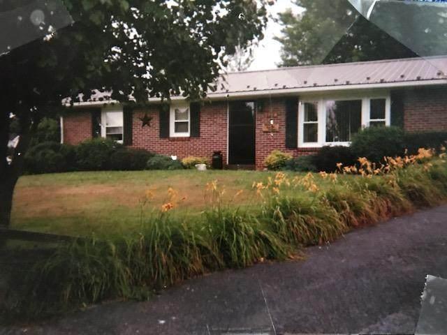 121 Jeb Stuart St, Bland, VA 24315 (MLS #73524) :: Highlands Realty, Inc.