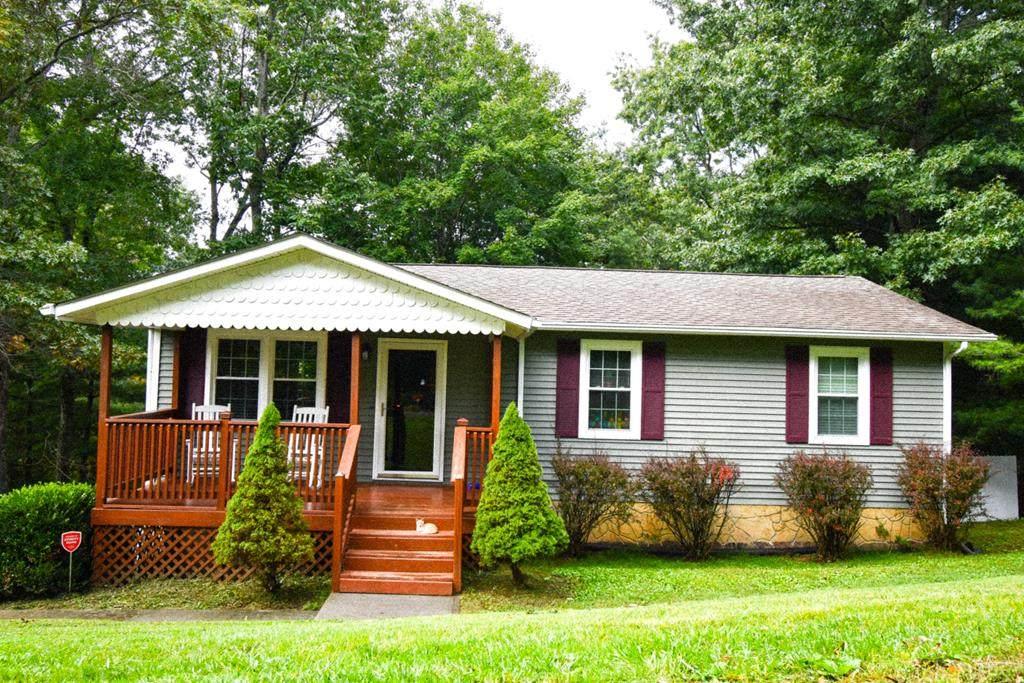 536 Oak Grove Way - Photo 1