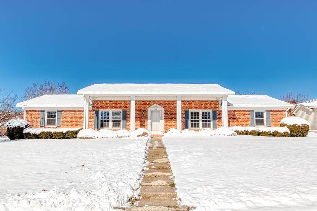 610 Rolling Hills Dr - Photo 1