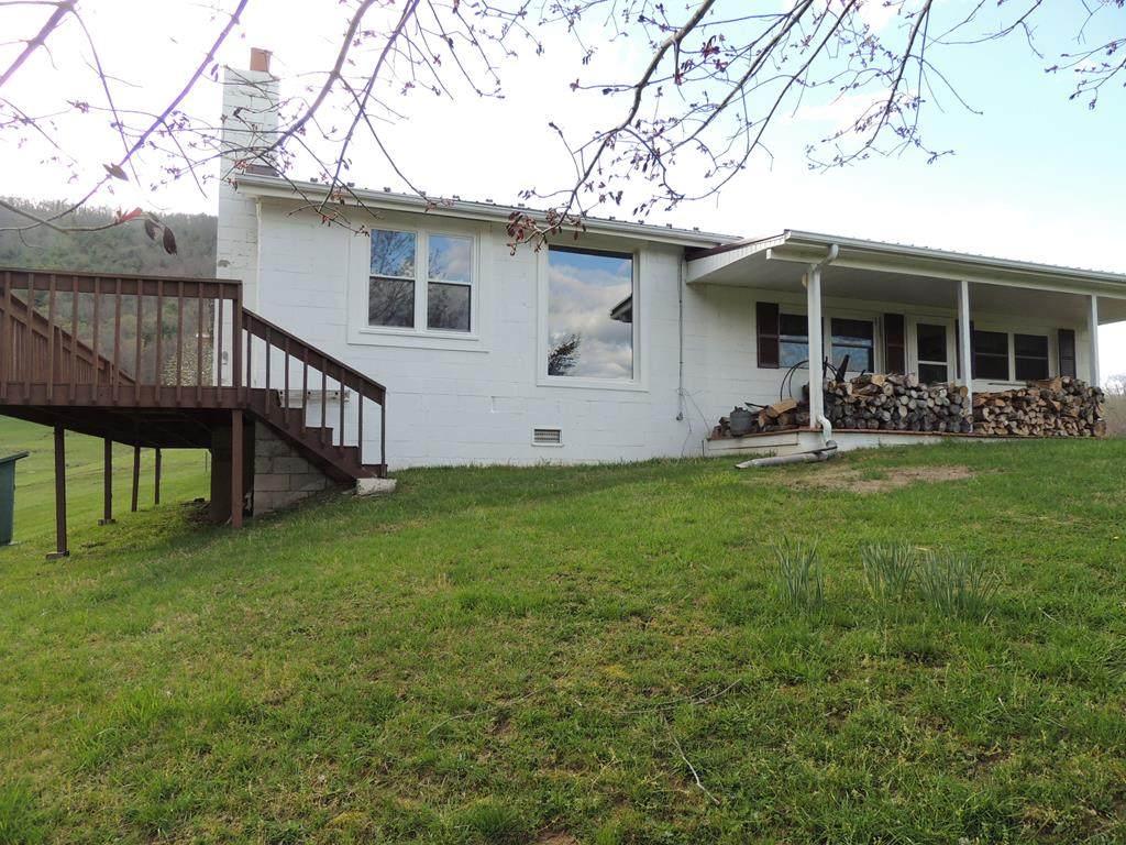 2795 Millers Creek Rd. - Photo 1