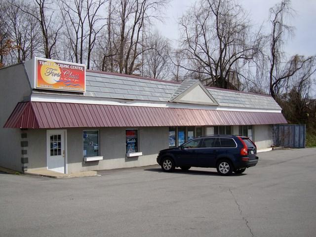 601 Commonwealth Avenue, Bristol, VA 24201 (MLS #36640) :: Highlands Realty, Inc.