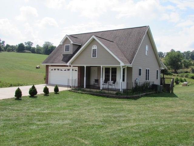205 Wytheview Drive, Wytheville, VA 24382 (MLS #61006) :: Highlands Realty, Inc.