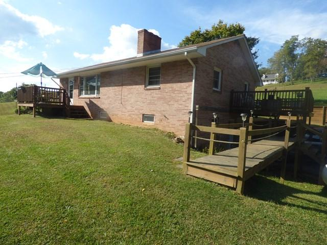 337 Goodpasture Hollow Road, Marion, VA 24354 (MLS #61678) :: Highlands Realty, Inc.