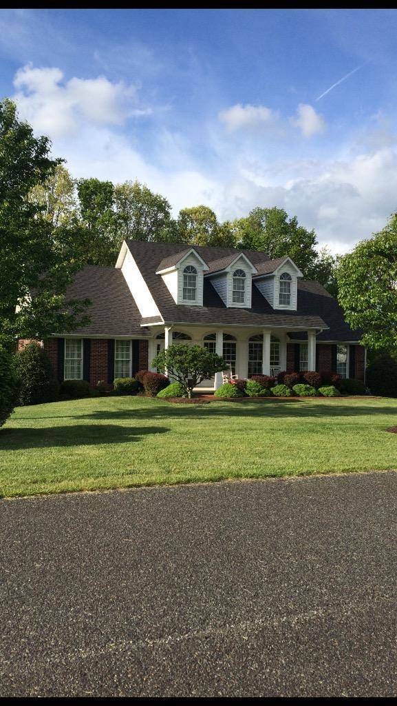 304 Sherwood Avenue, Rural Retreat, VA 24368 (MLS #67816) :: Highlands Realty, Inc.