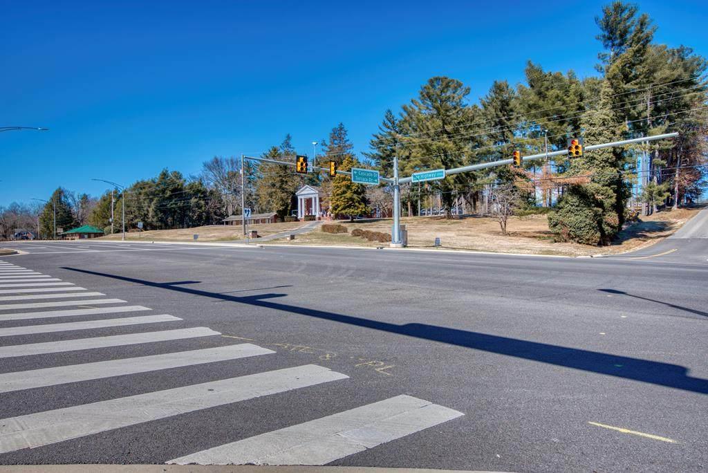 2700 & 2680 Lee Highway - Photo 1