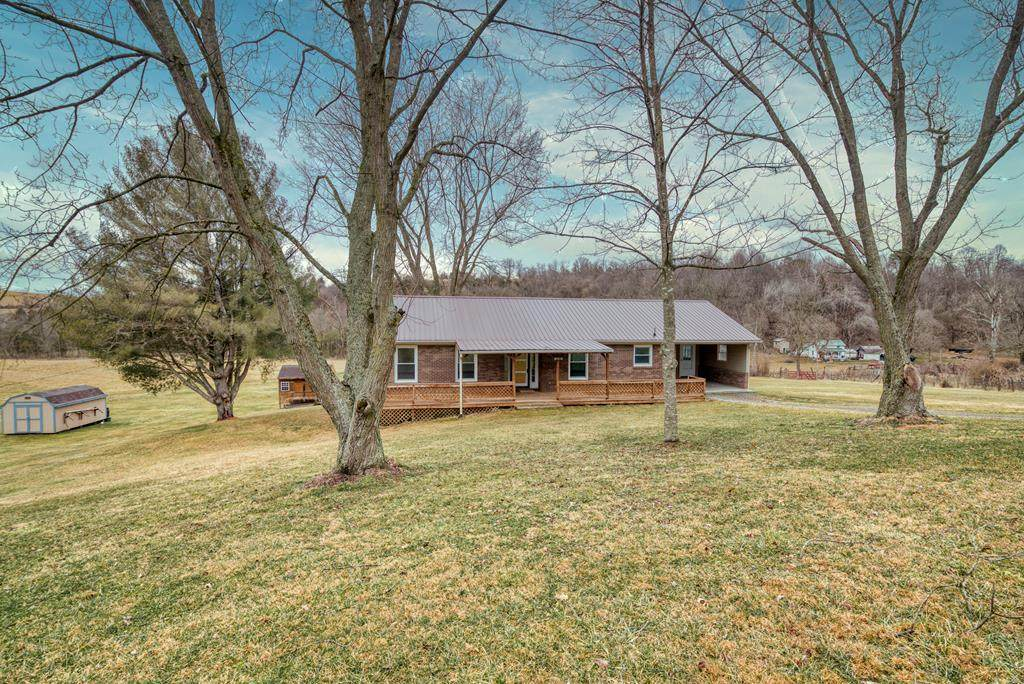 16209 Rust Hollow Road - Photo 1
