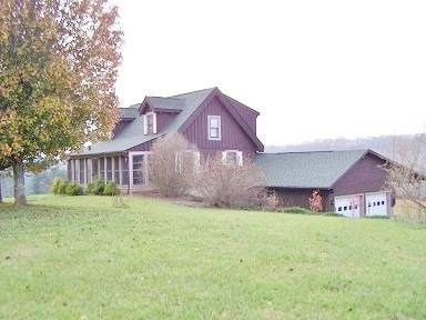 692 Buck Trail, Woodlawn, VA 24381 (MLS #58972) :: Highlands Realty, Inc.