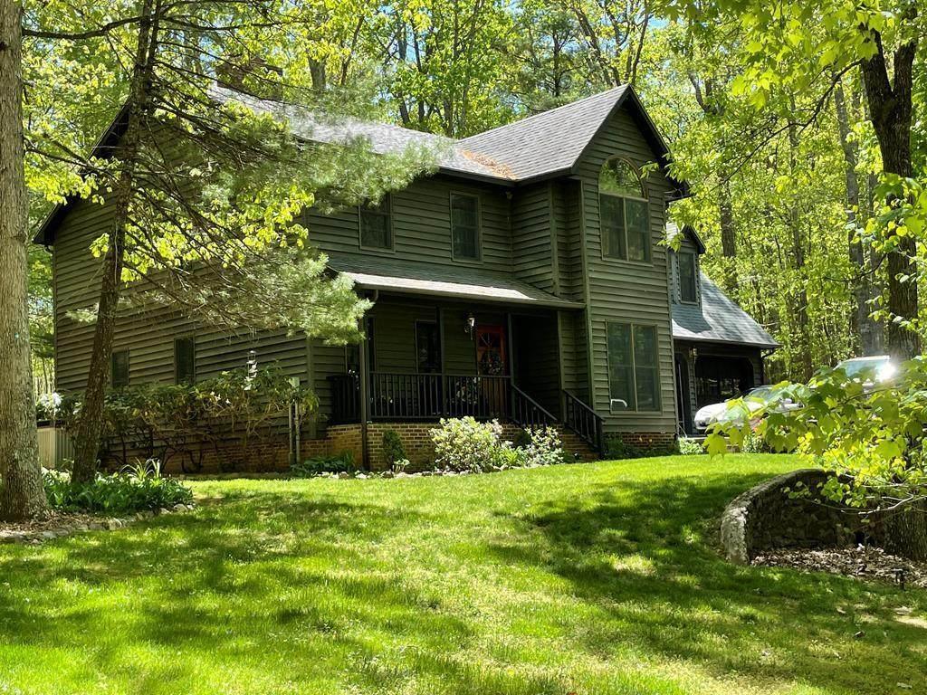841 Oak Knoll Drive - Photo 1