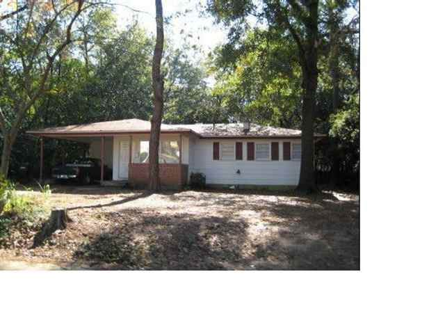 1823 Jackson Bluff Road - Photo 1