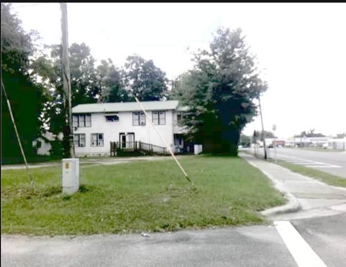 589 Duval Avenue - Photo 1