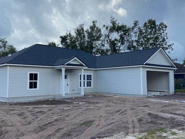 43 Saralan Garden Drive, Crawfordville, FL 32327 (MLS #338711) :: Danielle Andrews Real Estate