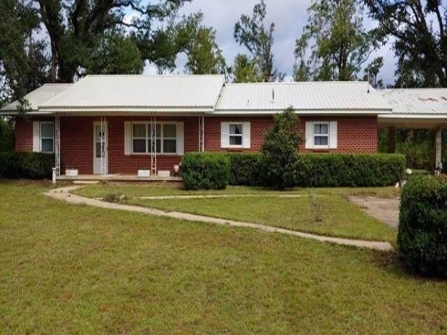 4320 Pooser Road, Marianna, FL 32448 (MLS #337719) :: Team Goldband