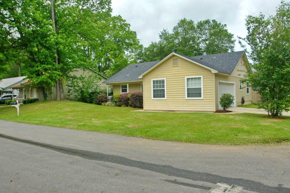 4178 Laurel Oak Circle - Photo 1