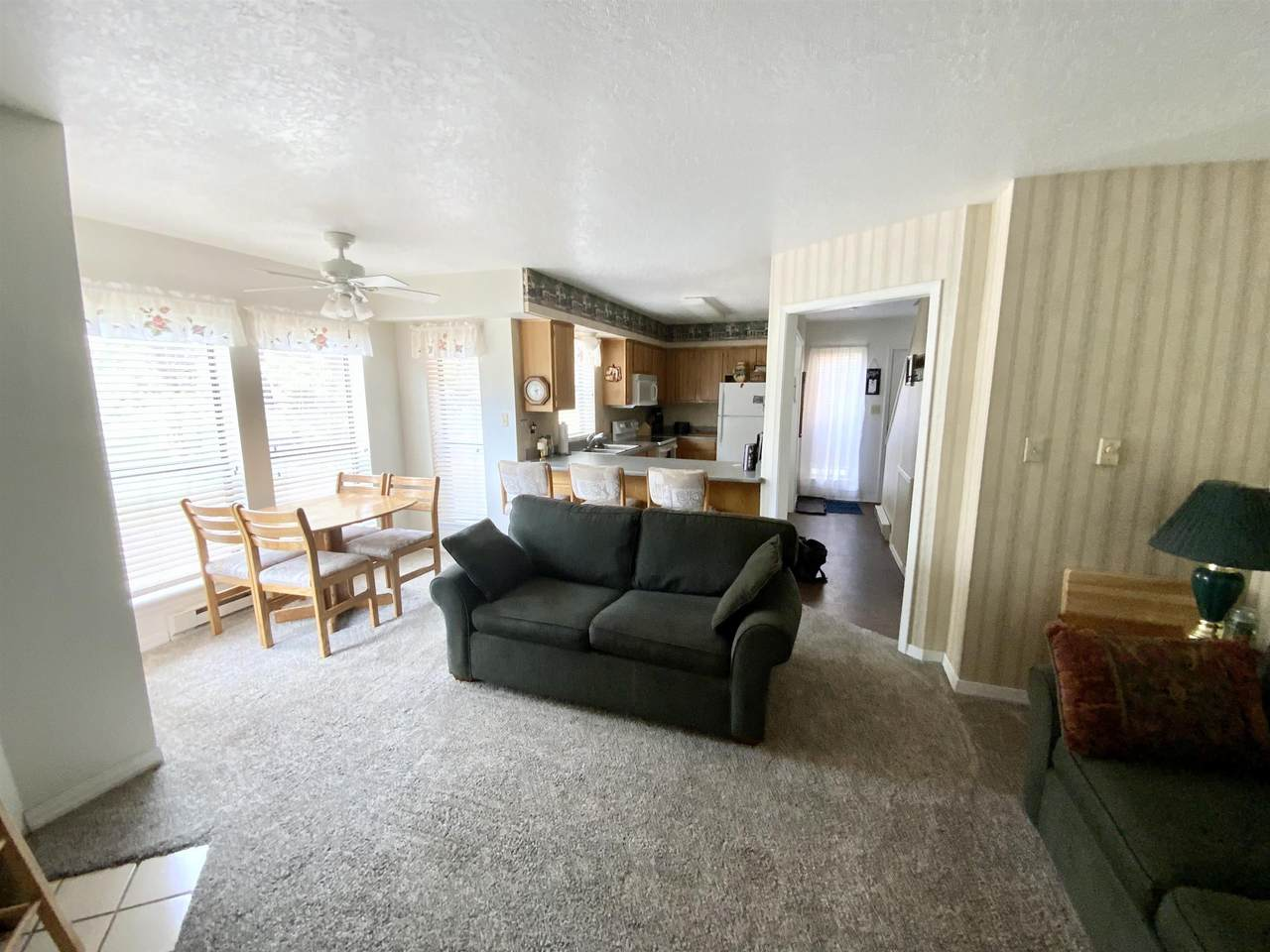 37 Vail Ave - Photo 1