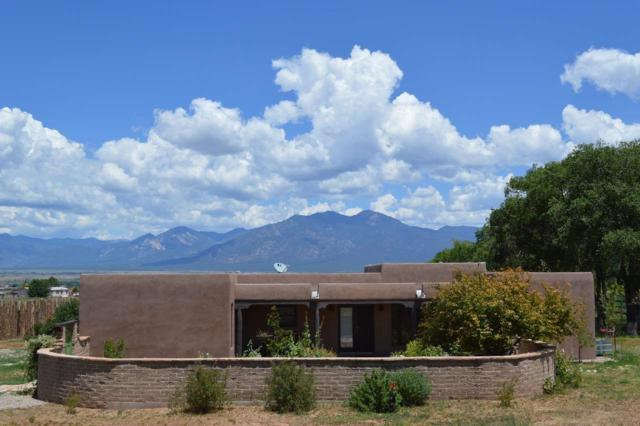 Ranchos de Taos, NM 87557 :: Page Sullivan Group | Coldwell Banker Lota Realty
