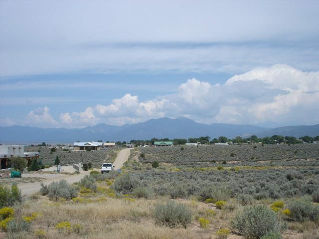 Tract F1 Lagaurdia Road, Ranchos de Taos, NM 87557 (MLS #100612) :: Angel Fire Real Estate & Land Co.