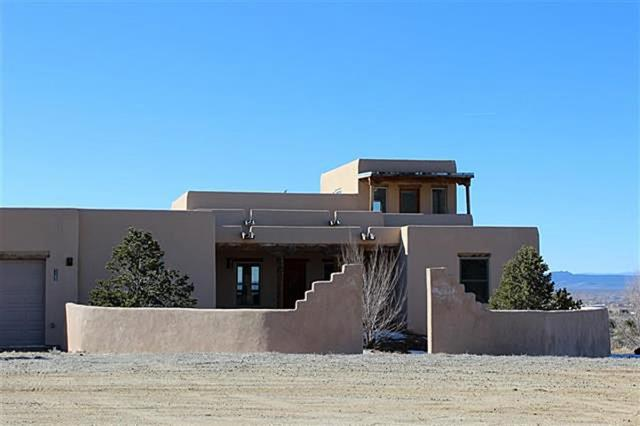 1102 Luz Del Sol, Taos, NM 87571 (MLS #100684) :: The Chisum Group