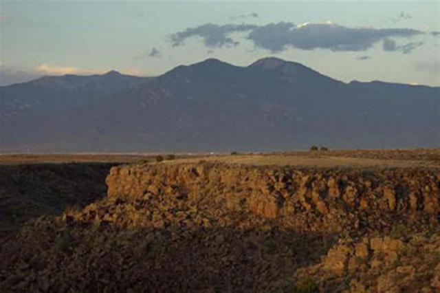 46 Paseo De La Barranca, Taos, NM 87571 (MLS #101419) :: Page Sullivan Group | Coldwell Banker Lota Realty