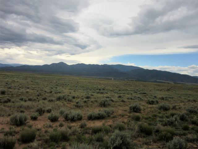 Cuatro Ruedas, Carson, NM 87517 (MLS #101425) :: The Chisum Group