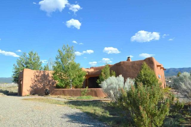 2 Calle De Milagro, Taos, NM 87571 (MLS #101873) :: Page Sullivan Group | Coldwell Banker Lota Realty