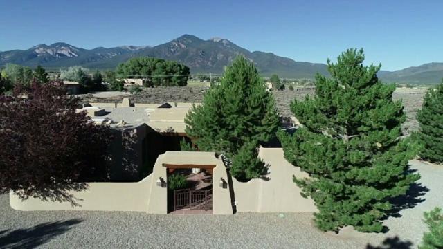 11 North Mesa Road, El Prado, NM 87529 (MLS #101905) :: Page Sullivan Group | Coldwell Banker Lota Realty