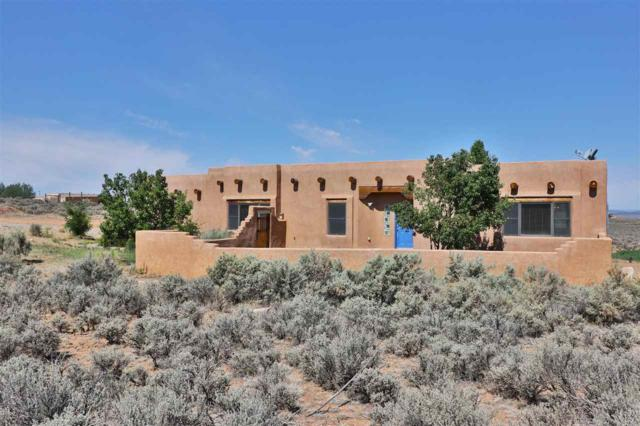 4 Vista Del Ocaso, Ranchos de Taos, NM 87557 (MLS #101979) :: Page Sullivan Group | Coldwell Banker Mountain Properties