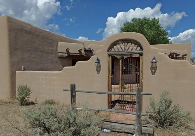 1086 Old State Rd 570, Ranchos de Taos, NM 87557 (MLS #101984) :: Page Sullivan Group | Coldwell Banker Lota Realty