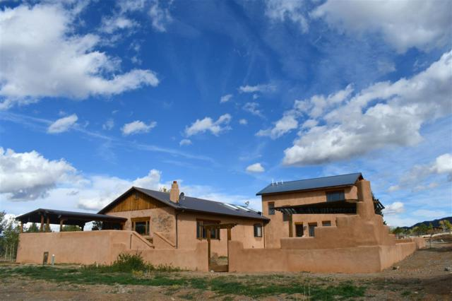 31 Sunset, Arroyo Seco, NM 87571 (MLS #102534) :: The Chisum Realty Group