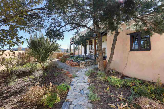 1334 Half Moon Road, El Prado, NM 87529 (MLS #102598) :: The Chisum Realty Group