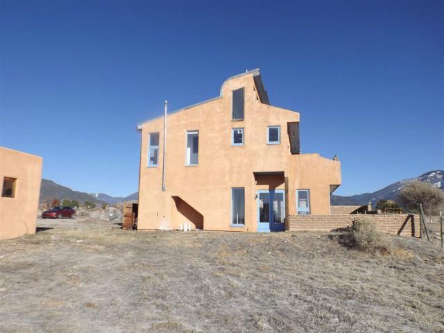 26 Archuleta Road, Taos, NM 87571 (MLS #102612) :: The Chisum Realty Group