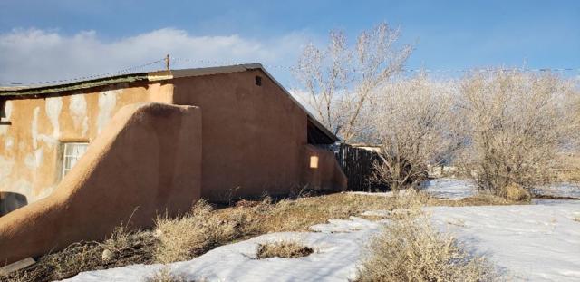 9 Fresquez Rd, Ranchos de Taos, NM 87557 (MLS #102750) :: Page Sullivan Group | Coldwell Banker Mountain Properties