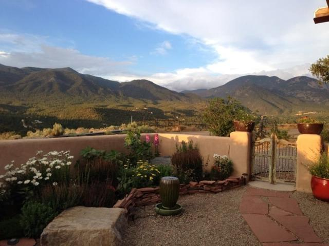 190 Rim Road, Taos, NM 87514 (MLS #102776) :: Page Sullivan Group | Coldwell Banker Mountain Properties