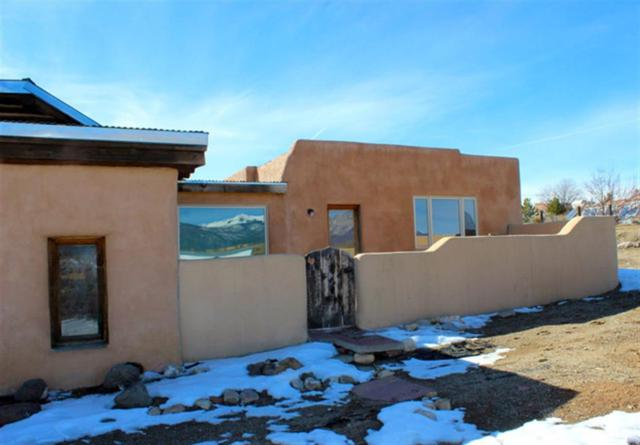 118 Verdolaga Rd, Taos, NM 87571 (MLS #102822) :: The Chisum Realty Group