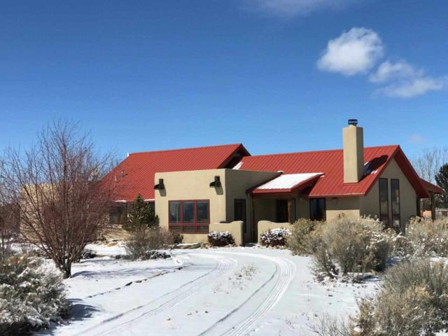 25 Del Norte Rd, Taos, NM 87571 (MLS #102823) :: The Chisum Realty Group