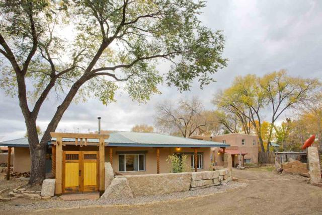 730 Paseo Del Pueblo Norte, Taos, NM 87571 (MLS #102827) :: The Chisum Realty Group