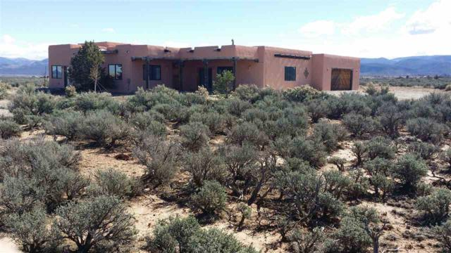 4B Calle De Guillermo, Taos, NM 87571 (MLS #102969) :: The Chisum Realty Group