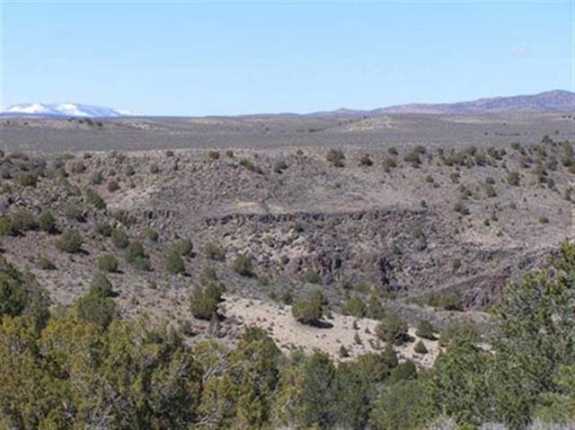 North End Calle Feliberto, Taos, NM 87571 (MLS #103009) :: The Chisum Realty Group