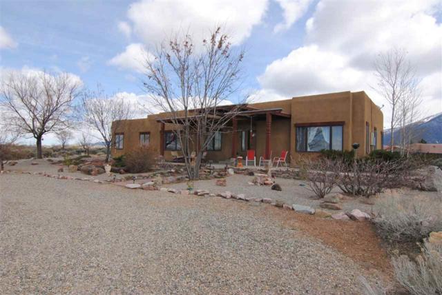 3 Catalina Court, El Prado, NM 87529 (MLS #103021) :: The Chisum Realty Group