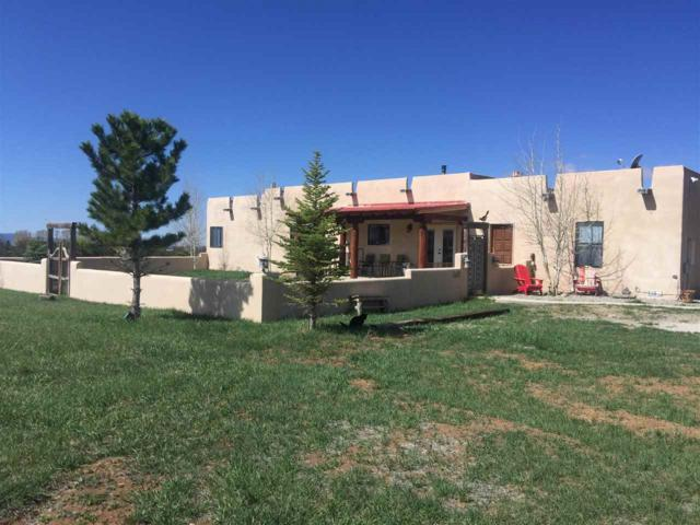 70A La Canada Road, Taos, NM 87571 (MLS #103085) :: The Chisum Realty Group