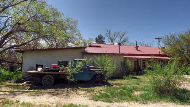 33 Hwy 240, Ranchos de Taos, NM 87557 (MLS #103270) :: Angel Fire Real Estate & Land Co.
