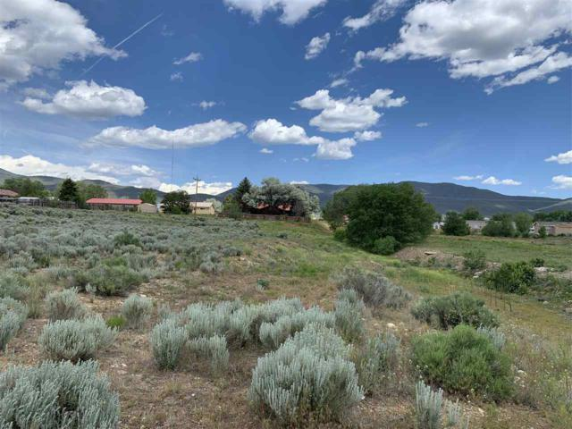 809 Salazar Road, Taos, NM 87571 (MLS #103559) :: The Chisum Realty Group