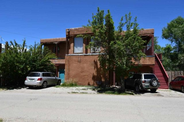 416 Valverde, Taos, NM 87571 (MLS #103630) :: The Chisum Realty Group