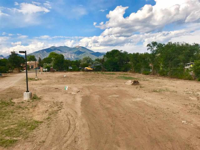 302 Pond Court, Taos, NM 87571 (MLS #103822) :: Angel Fire Real Estate & Land Co.