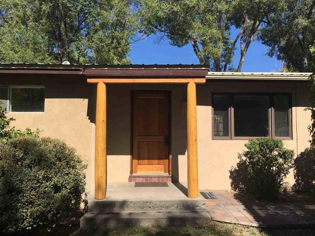 205 Lund, Taos, NM 87571 (MLS #104252) :: The Chisum Realty Group