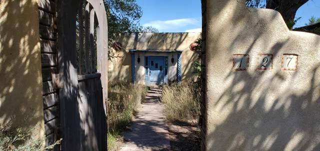 127 Este Es Road, Ranchos de Taos, NM 87557 (MLS #104263) :: Angel Fire Real Estate & Land Co.